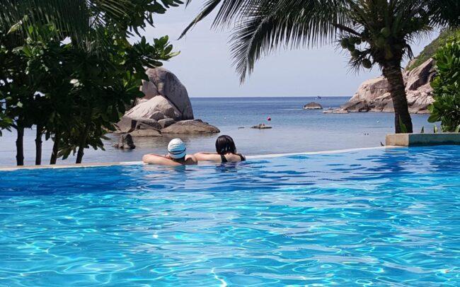 Montalay pool